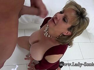 Lady Sonia Mature Slut Oiled Up And Sucking Cock