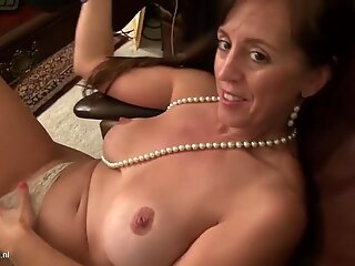 Mature American mother with big tits and wet pussy